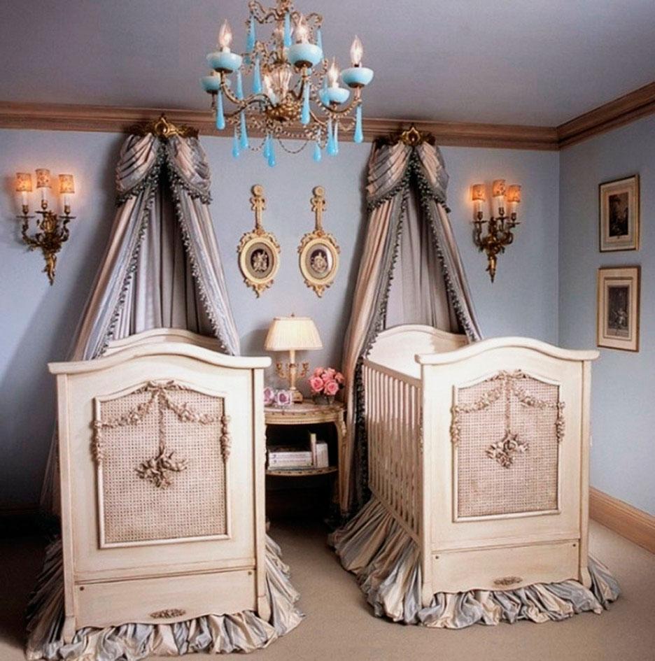 Фото двух кроватей для новорожденных в интерьере комнаты