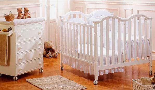 Смежная кроватка для двойняшек