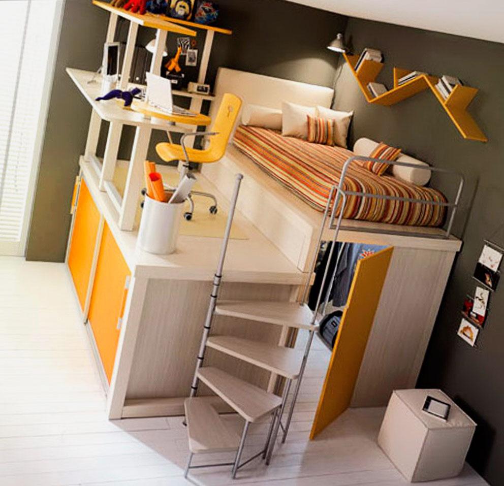 Кровать-чердак с гардеробом внизу