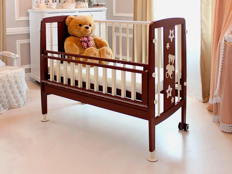 Приставная кроватка с откидным бортиком