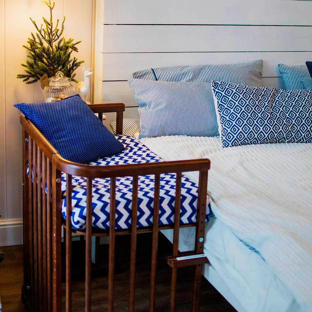 Деревянная детская кроватка приставная к кровати