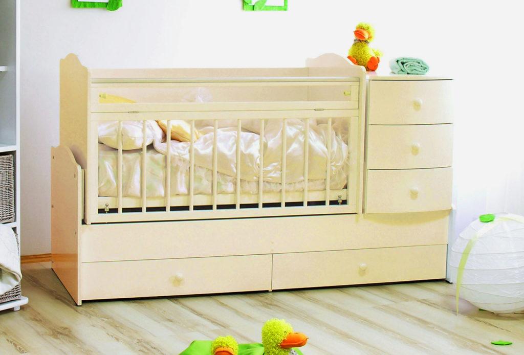 Детская кроватка трансформер на вырост с маятниковым качанием