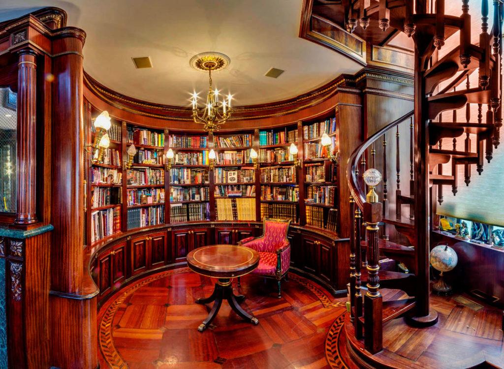 Фото интерьера домашней библиотеки