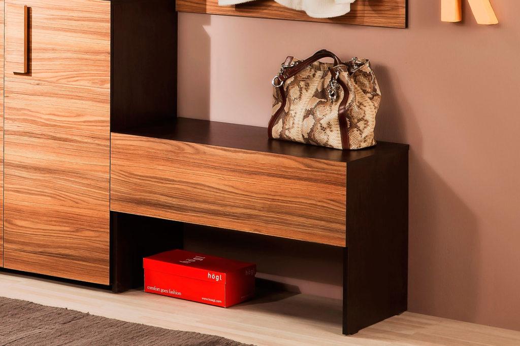 Обувница с сидением в комплекте мебельного гарнитура для прихожей