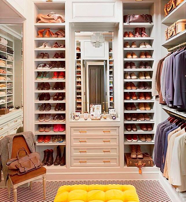 Фото гардеробной со встроенным шкафом для обуви