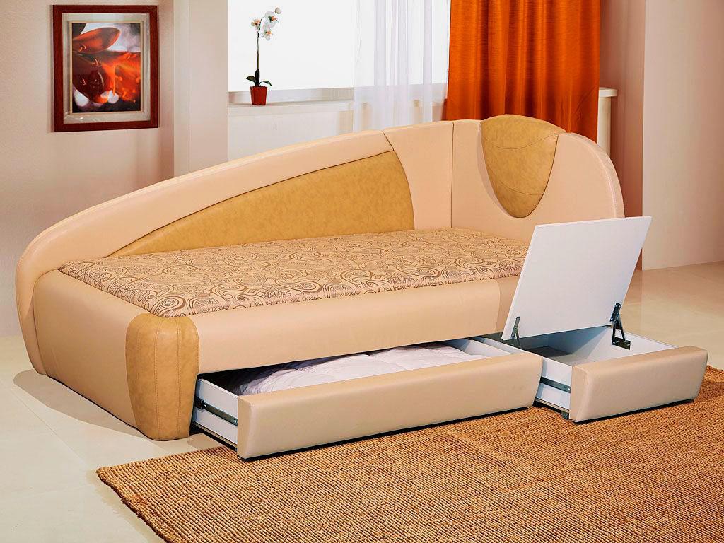 Фото угловой кровати с выдвижными ящиками для хранения вещей