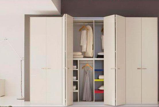 Шкаф со складной системой открытия дверок