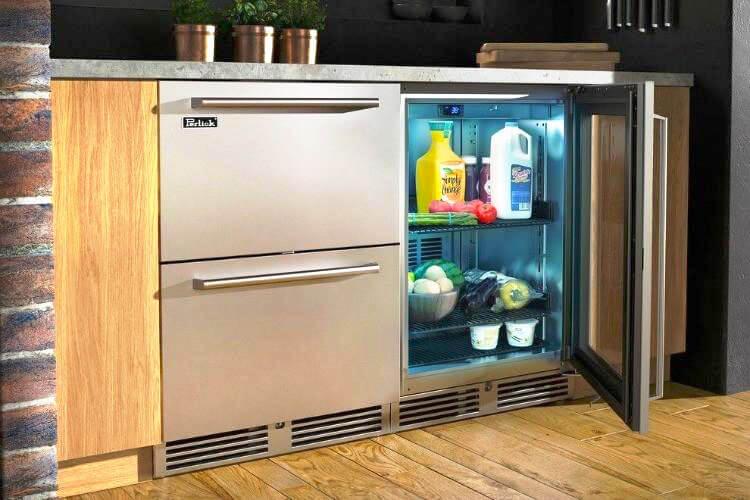 Фото фригобара в интерьере кухни