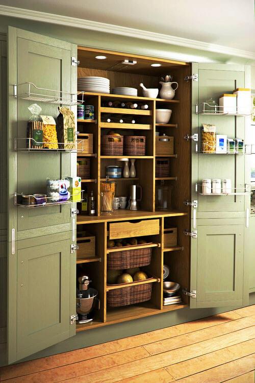 Фото наполнения кухонного пенала