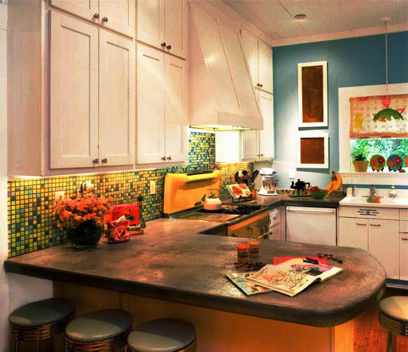 Фото П-образной кухни с полуостровом