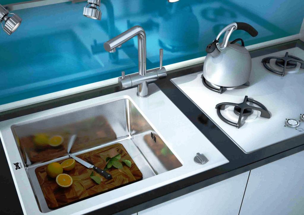 Стеклянная встроенная кухонная мойка