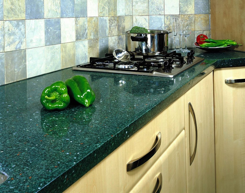 Кухонная столешница из керамогранита