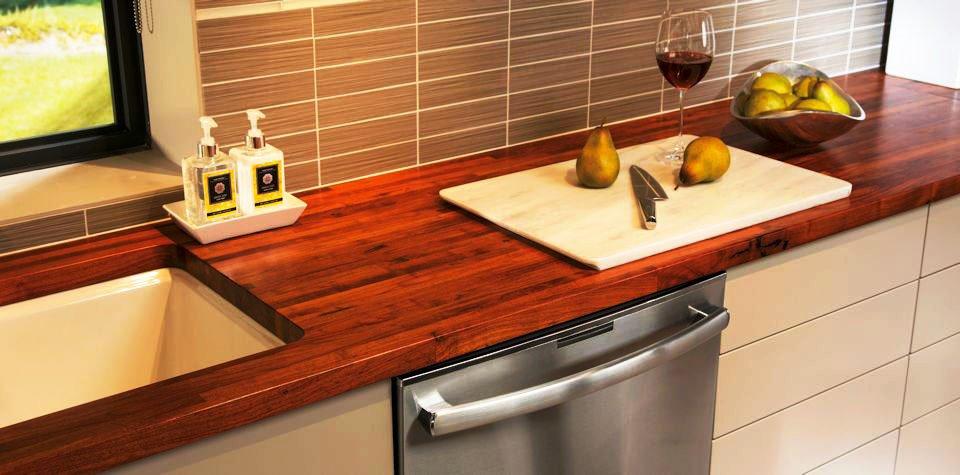 Фото деревянной кухонной столешницы