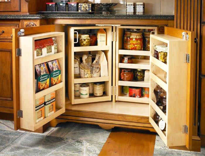 Фото нижней кухонной тумбы с распашными дверцами