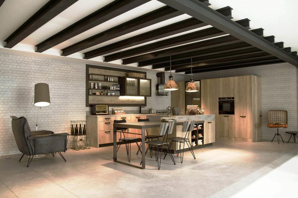 Фото кухонного гарнитура оснащенного распашными и раздвижными системами открытия фасадов