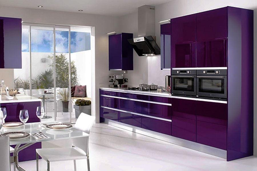 также кухни фиолетового цвета с белым фото еще