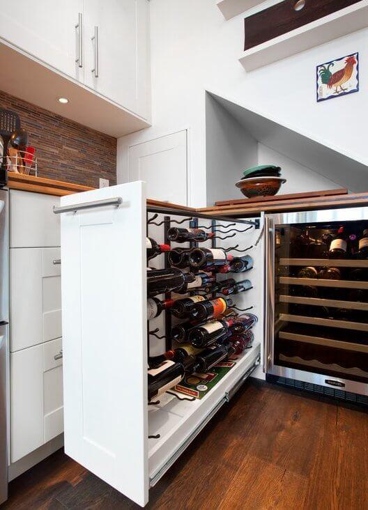 Выдвижная бутылочница под вино