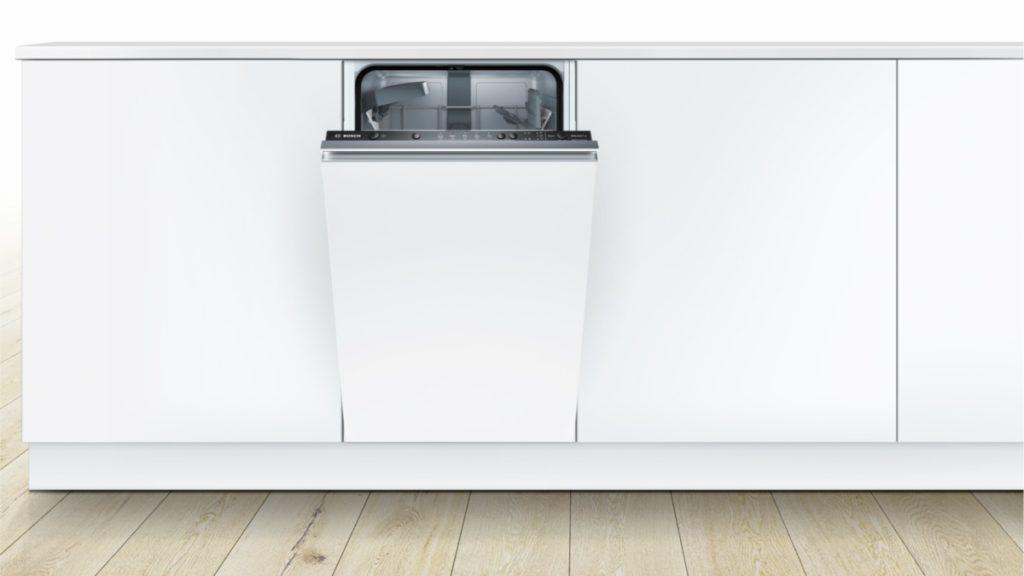 Фото встроенной посудомоечной машины с мебельным фасадом