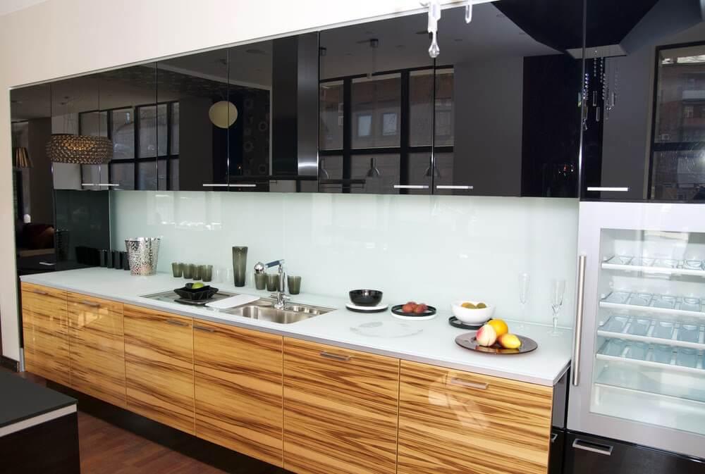 Фото глянцевых фасадов кухни