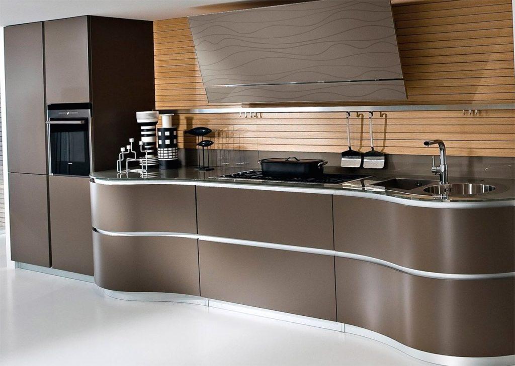 Кухня с крашенным радиусным МДФ фасадом