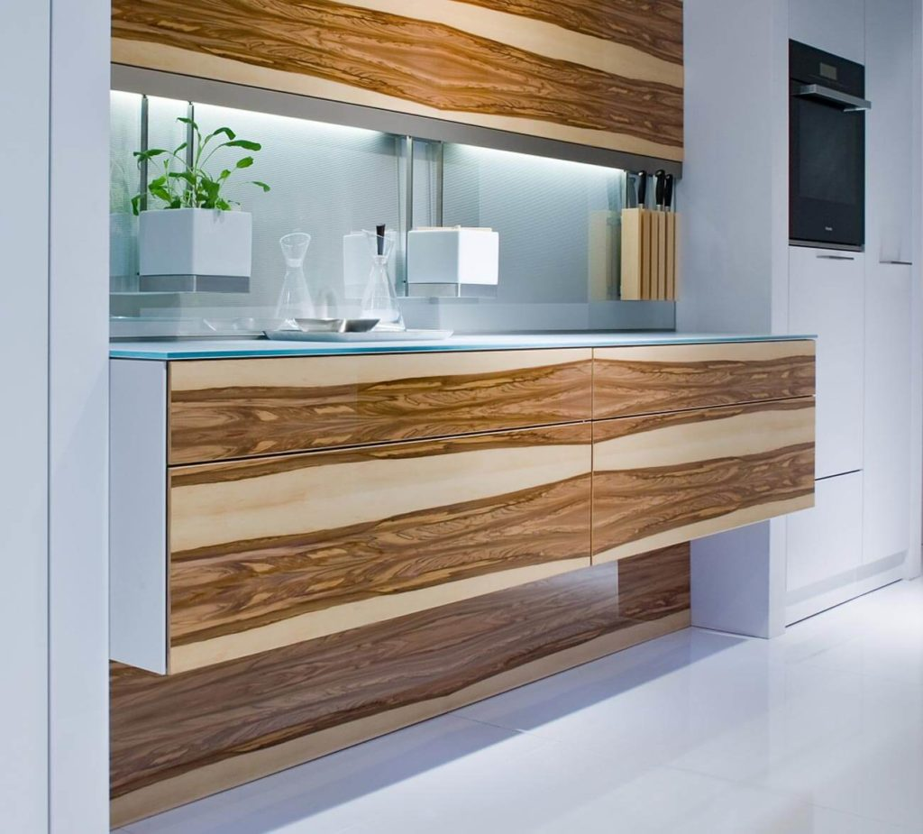 Фото кухонных тумб со шпоновой отделкой