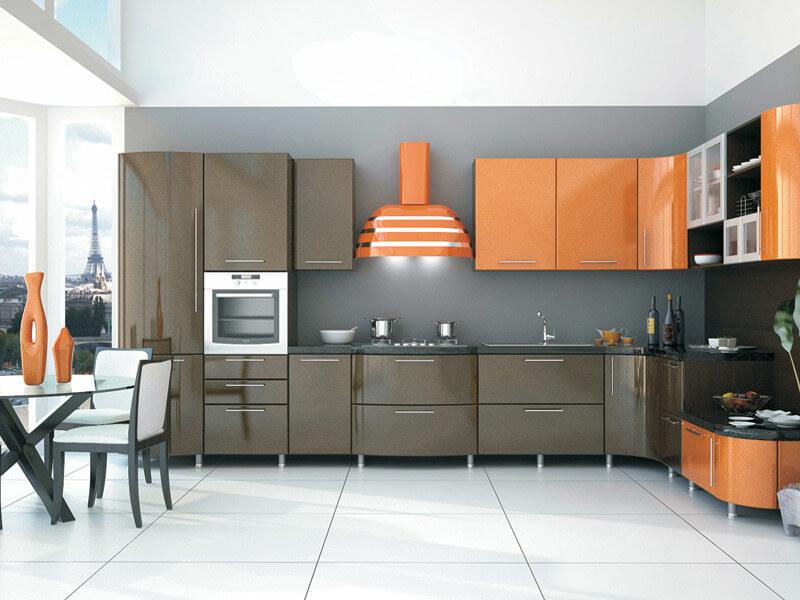Кухонный гарнитур с ПВХ фасадами с глянцевым оттенком
