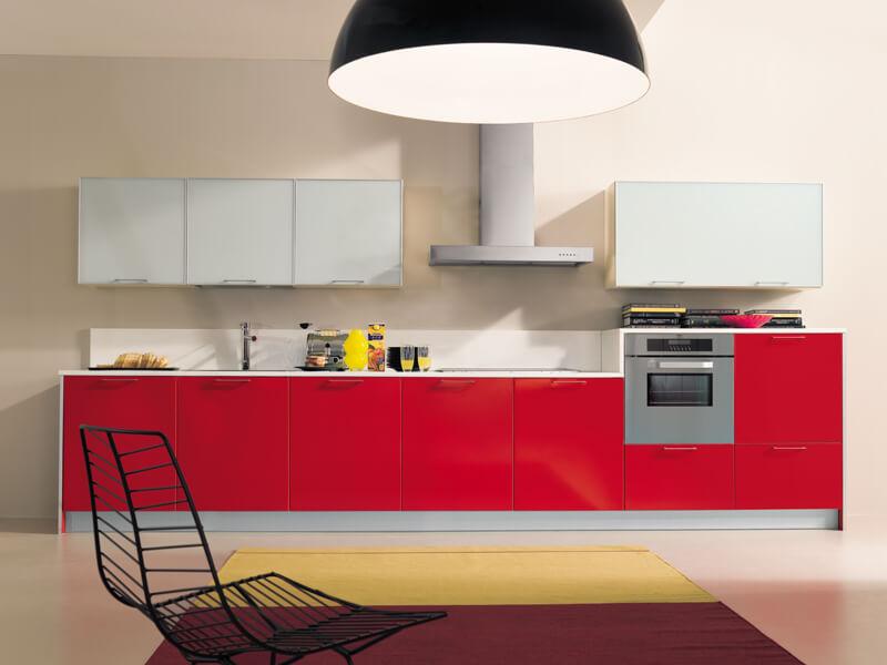 Современный кухонный гарнитур в стиле минимализм
