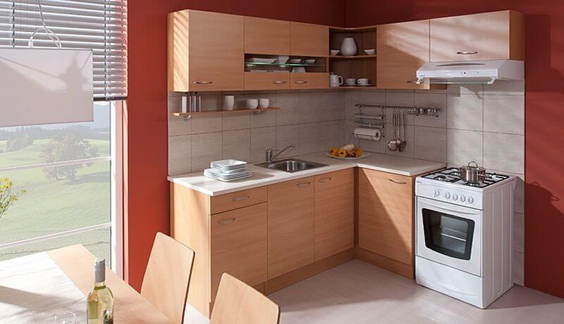 Фото маленького кухонного гарнитура с пленочным покрытием