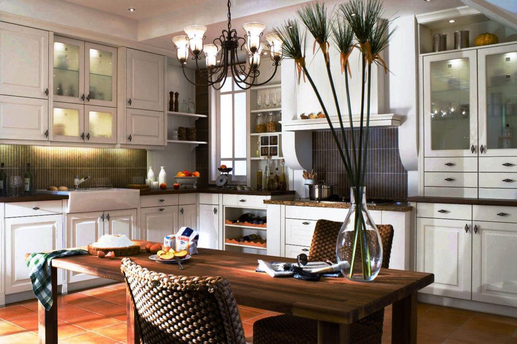 Фото современной кухни с порталом в интерьере