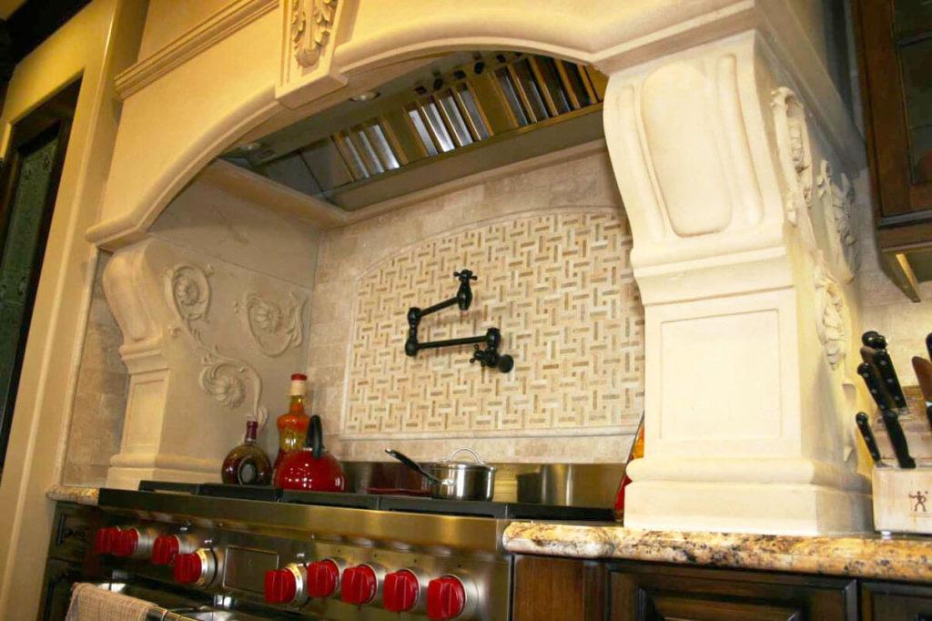 Фото кухонного портала в классическом стиле