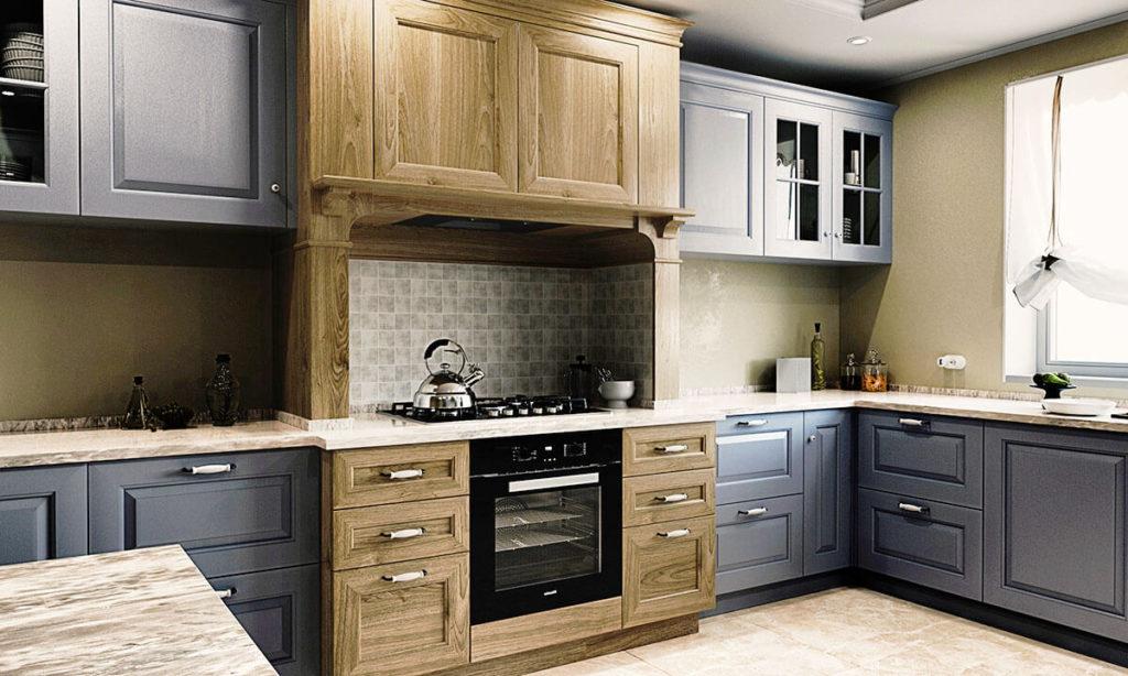 Фото современной кухни с деревянным порталом над плитой