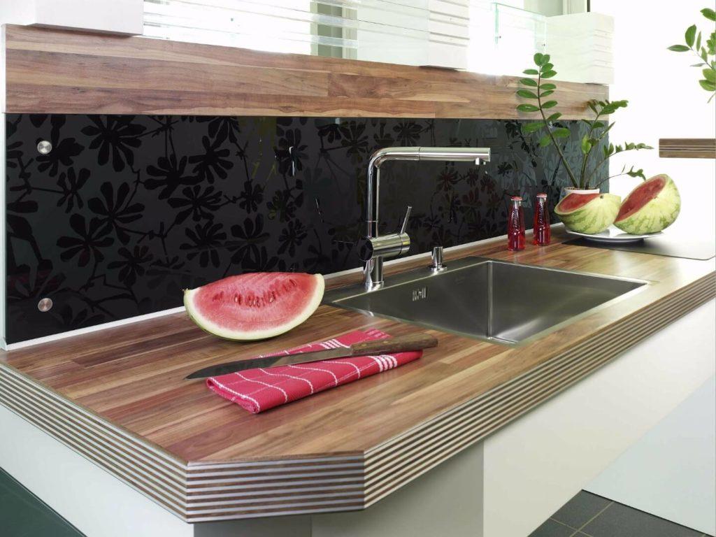 Стеклянная настенная кухонная панель