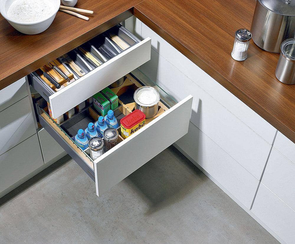 Угловой кухонный модуль с выдвижными ящиками