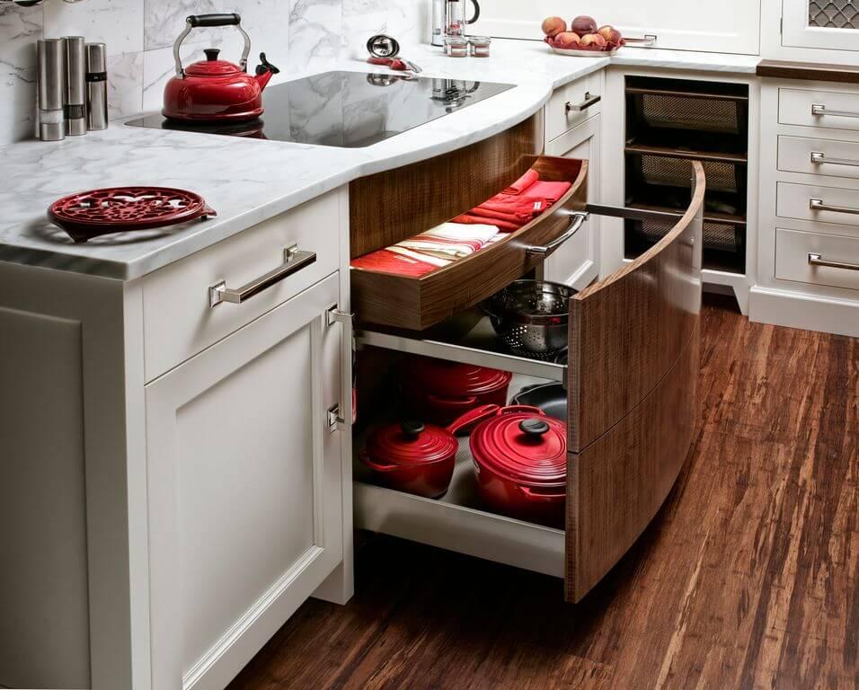 Фото выдвижных кухонных шкафов