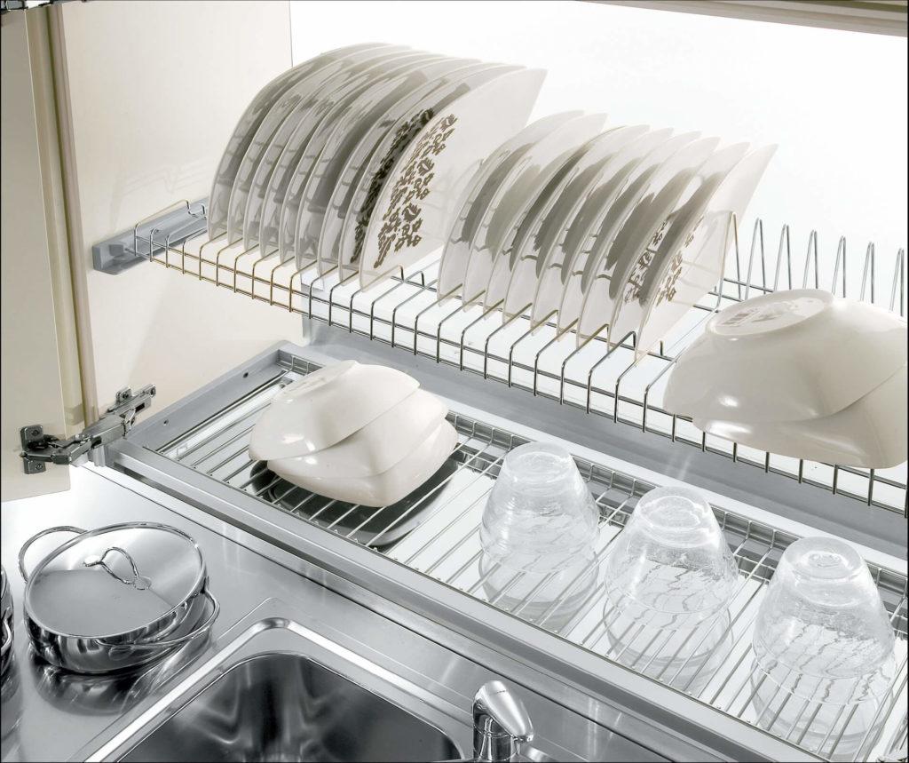 Фото системы хранения тарелок для навесного шкафа под посуду