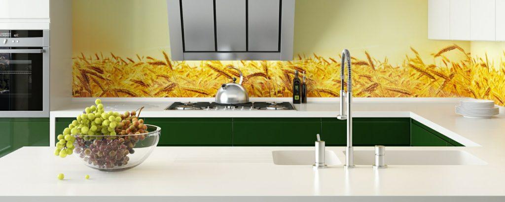 Фото пластикового кухонного фартука с рисунком пшеницы