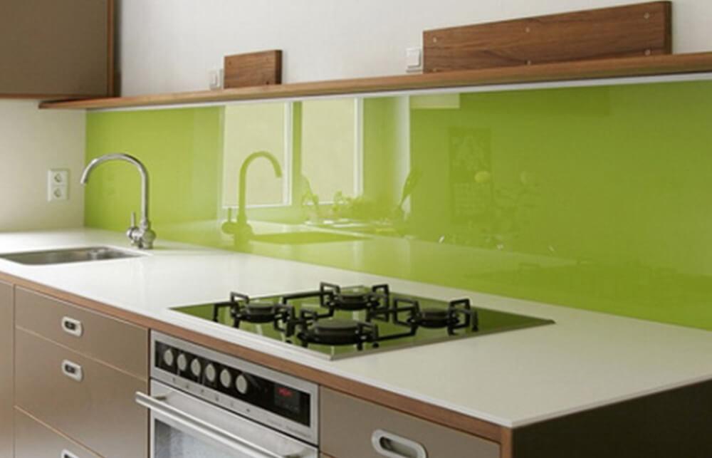 Фото пластикового кухонного фартука из поликарбоната