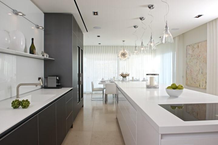 Двулинейная планировка кухонного гарнитура