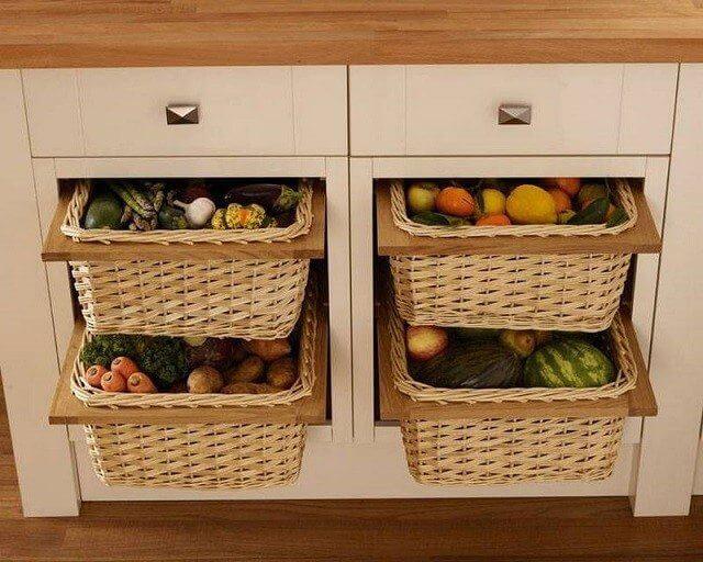 Выдвижные плетенные корзины для хранения овощей в кухонном гарнитуре