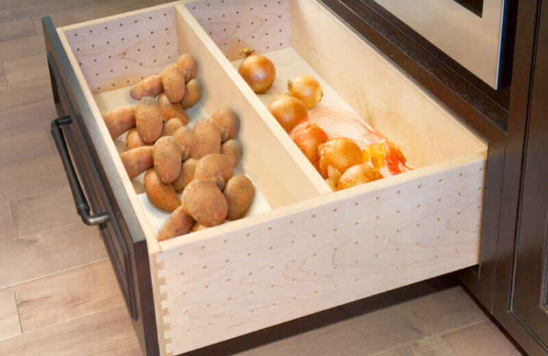Фото кухонного ящика для овощей