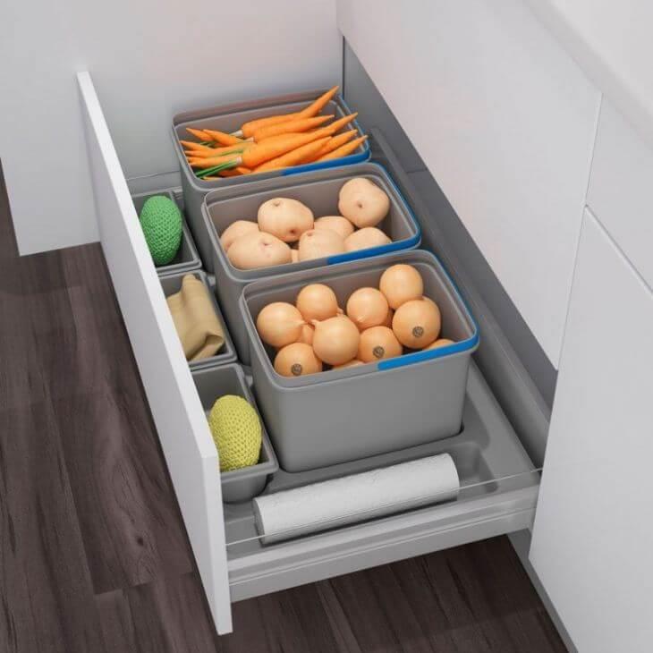 Пластиковые контейнеры под овощи