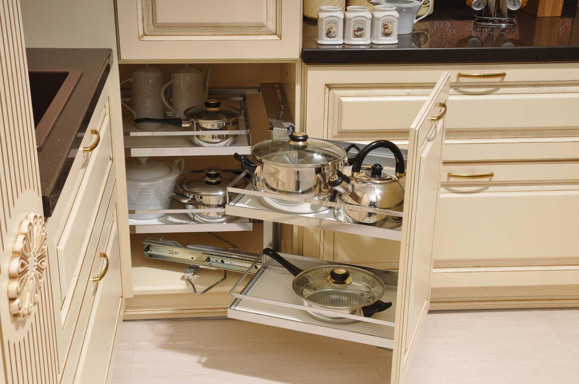 первую очередь как правильно расставить шкафы на кухне фото белом свете лет