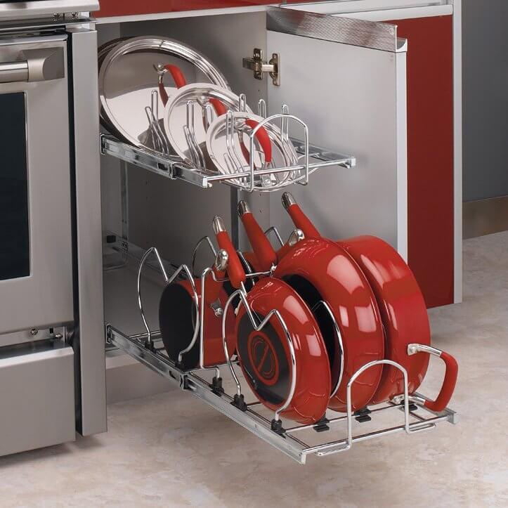 Шкаф для сковородок с выдвижным механизмом