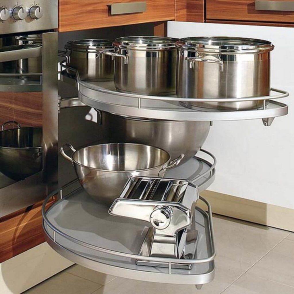Выдвижная система для кастрюль в угловую кухонную тумбы