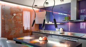 Фото высокого стеклянного кухонного фартука