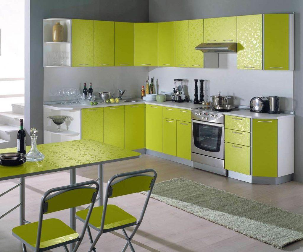 Кухонный гарнитур с трапециевидным верхним угловым модулем