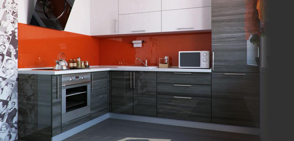 Угловая кухня с глянцевым фасадом