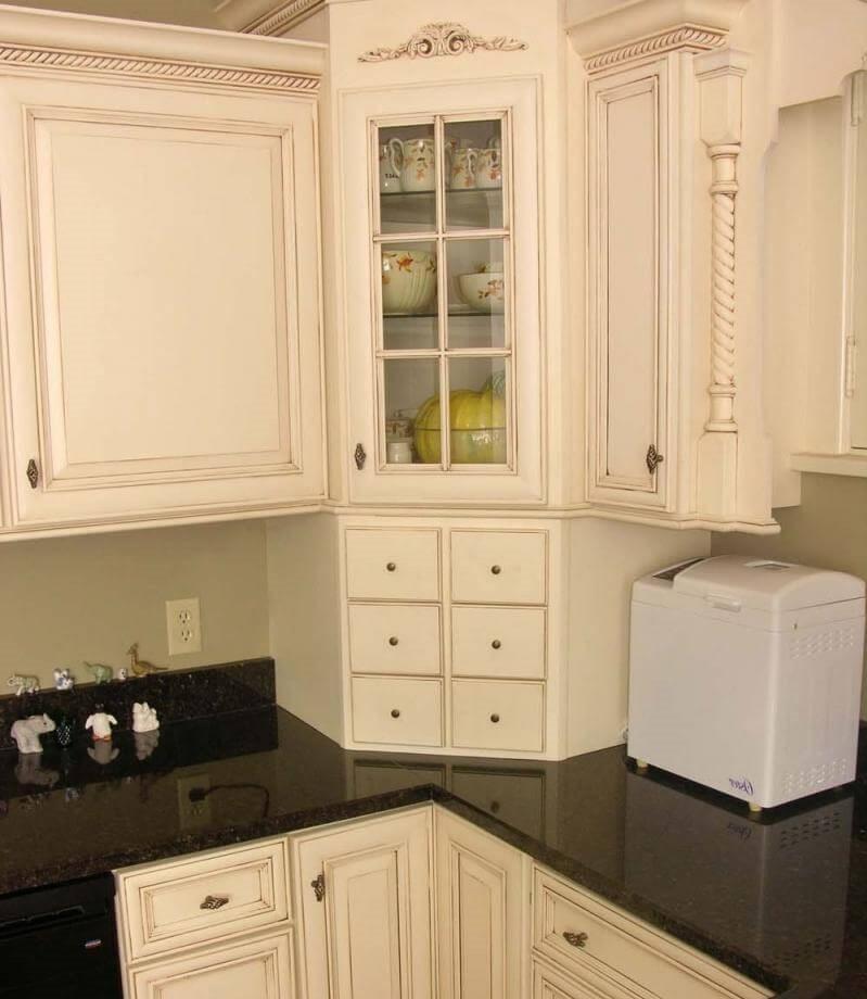 Декоративный угловой кухонный пенал