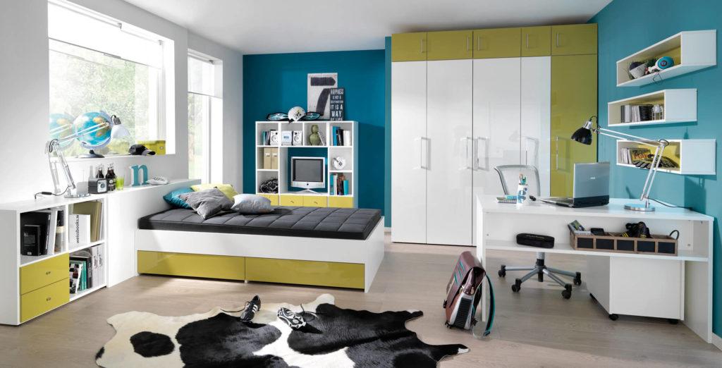 Фото спальной комнаты подростка со шкафом под книги
