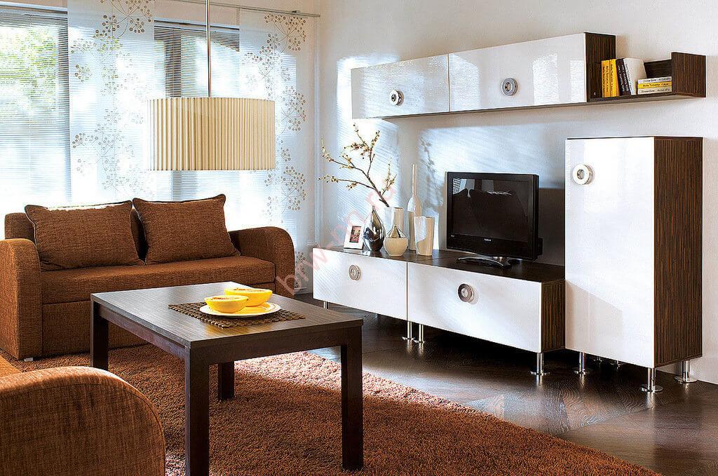 Комплект мебели для гостиной с навесными шкафами